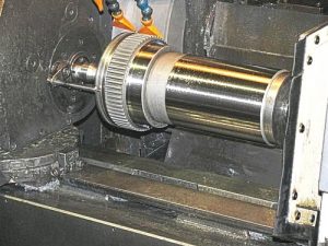 Differences Between Thru-Feed And In-Feed Grinding